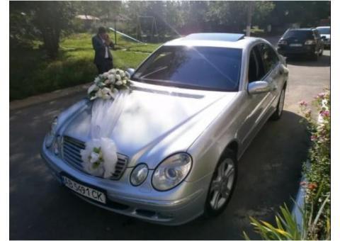 Автомобіль на весілля