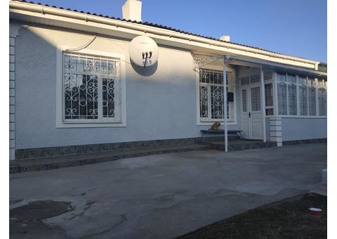 Продам чудовий будинок квартирного типу.